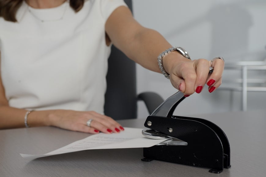 Notary Stamp vs. Notary Seal Embosser